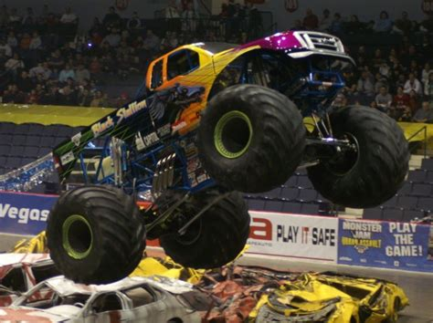 monster truck show rochester ny rochester new york thunder nationals january 2 2009