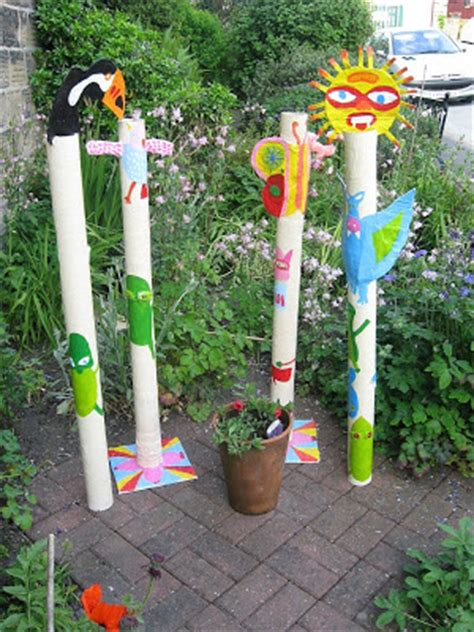 How To Make A Paper Totem Pole - i totem poles