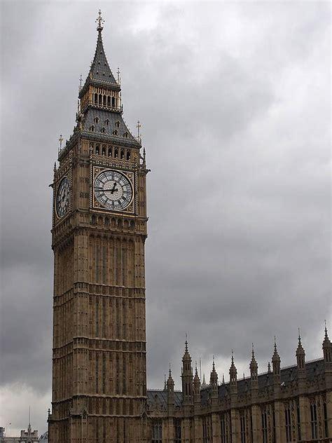 picture big houses parliament london tower clock popular building