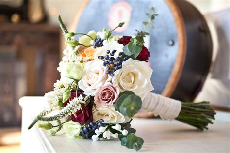 Wedding Flowers Idea by Vintage Wedding Flowers Cinnamonroseflorists