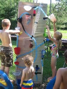 wasserspiel garten kinder water wall diy wasserspiele f 252 r kinder garten