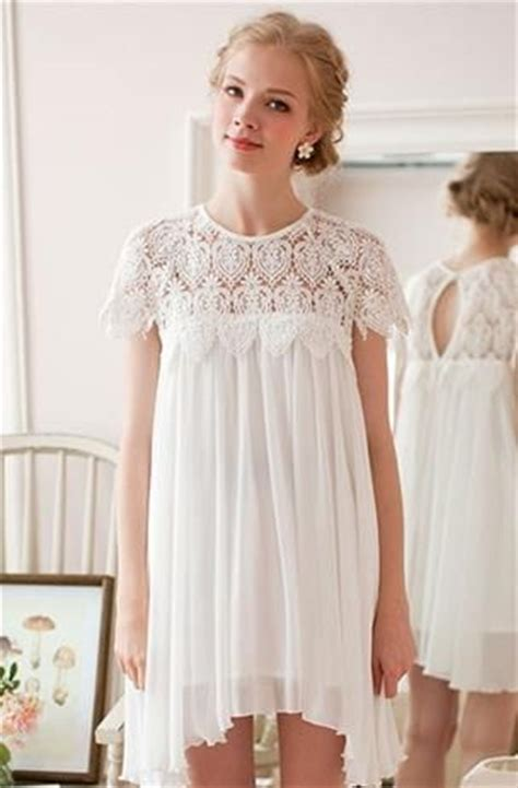 Summer Must White Lace Dresses by White Lace Dresses To Wear This Summer 2018 Fashiongum