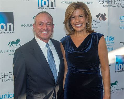 what products does hoda kotb use on her hair hoda kotb says marriage with boyfriend of four years is a