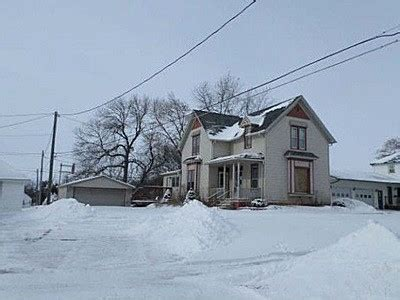 houses for sale in independence iowa independence iowa reo homes foreclosures in independence iowa search for reo