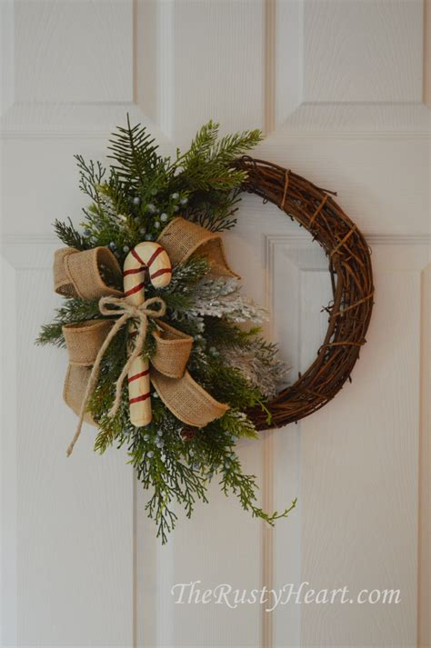 best rustic pinterest decorations for christmas holidays rustic christmas wreath with candy cane