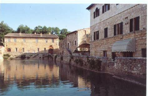 bagno vignoni b b bagno vignoni bilder foton bagno vignoni province of