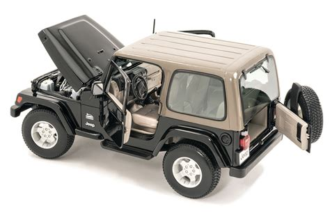 toy jeep for maisto 1 18 scale jeep wrangler sahara edition model toy