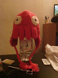 zoidberg knit hat 17 best images about free futurama crafts on