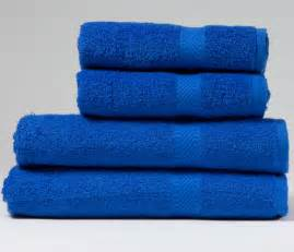 incredibly cheap indulgence 450gsm bath towel in royal blue