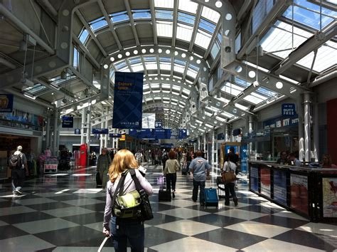 United airlines terminal chicago o hare airport murphy jahn