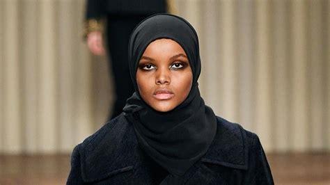 Abaya Kombinasi Maxmara halima aden heads to milan fashion week