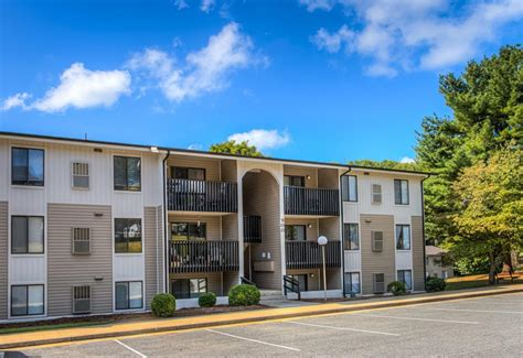 One Bedroom Apartments In Lynchburg Va | apartment homes lynchburg va apartments walden pond
