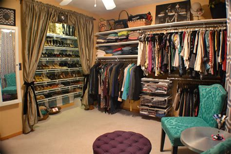 turning a small bedroom into a walk in closet turning a small bedroom into walk in closet ideas clothes