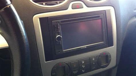 Frame Ford Focus 2006 adaptacion radio doble din en ford focus
