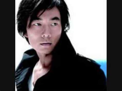 Richie Ren The Years Of Richie Mp3 richie ren dui mian de nu hai kan guo lai