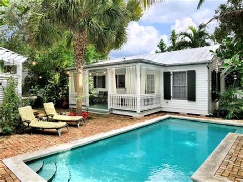 vacation cottages in florida uptown duval key west vacation cottage rental 1