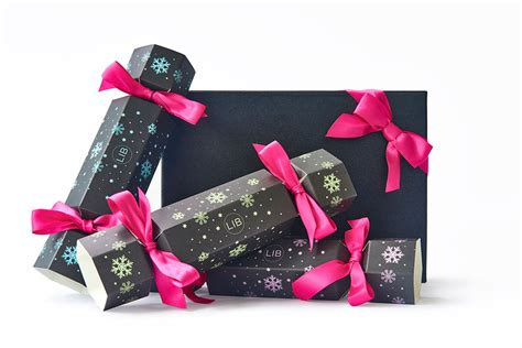 8 gorgeous christmas cracker beauty gift sets for 2015
