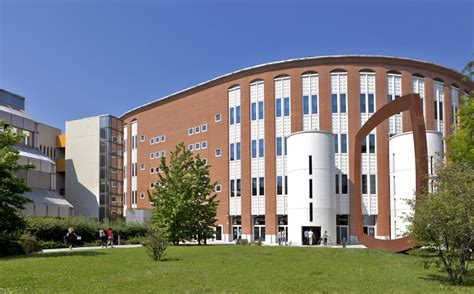 Bocconi Mba Deadline For International Students by Universit 224 Commerciale Luigi Bocconi Milan Carlson