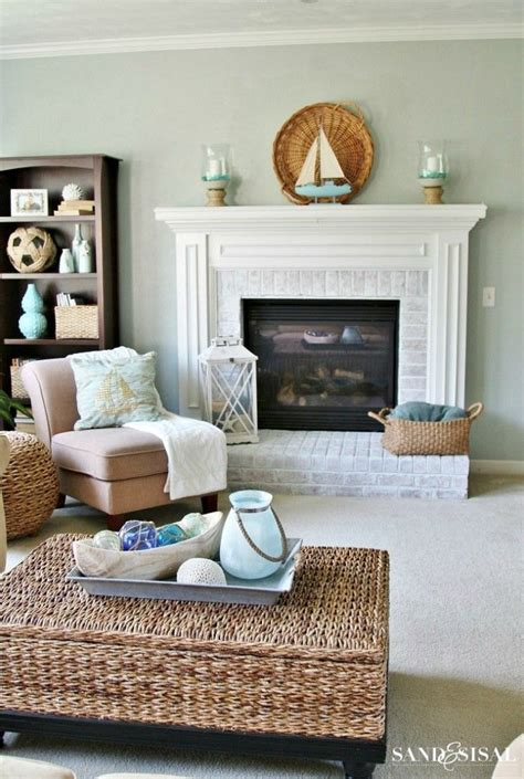 coastal decor living room 10 best images about beach themed room on pinterest