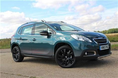 Peugeot 2008 1.2 PureTech (110bhp) Urban Cross 5d Road