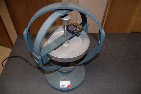 motorized gyroscope pin gyroscope on