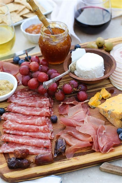 Wine Appetizer Tray It Or It by 25 Best Ideas About And Cheese Tray On