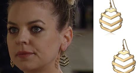 gh maxies hair feb 13th 2015 i m a soap fan maxie jones s gold chevron drop earrings