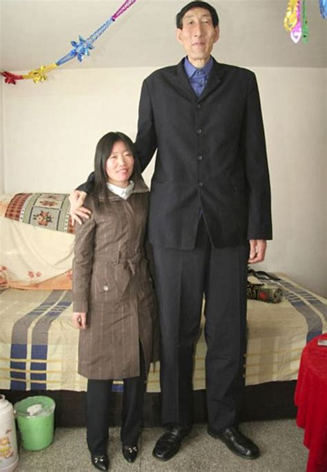 The Tallest Alive by At A Towering 8ft Is This The World S New Tallest