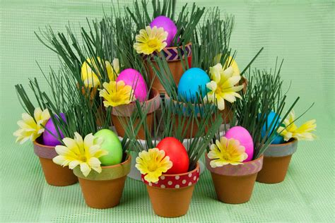 easter arrangements centerpieces easter craft paas 174 easter eggs