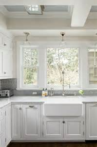 Kitchen Sink Windows Sacks Kitchen Backsplash Transitional Kitchen Benjamin Baby S Breath Baines