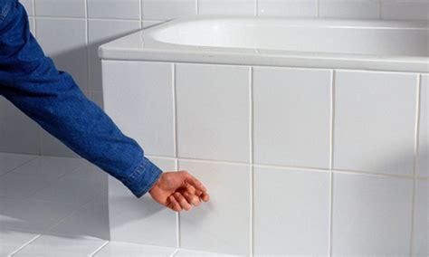 Revisionsklappe Badewanne Einbauen by Revisionsklappe Badezimmer Elvenbride