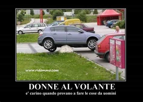 donne al volante 301 moved permanently