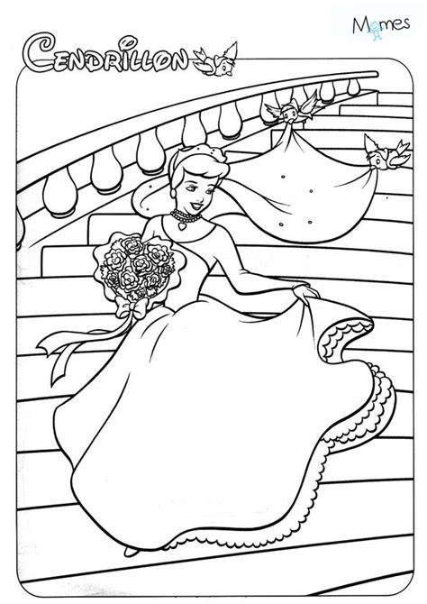 Coloriage Cendrillon Momes Net Coloriage Chateau Princesse DisneyL