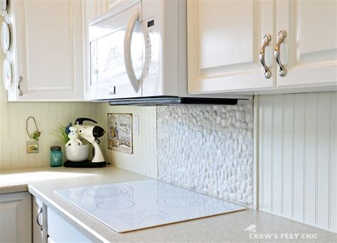 pebble backsplash s chic