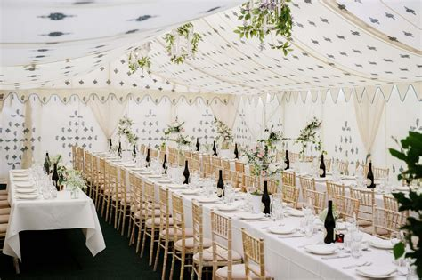 How to decorate a marquee wedding venue   Love Our Wedding