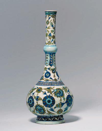 Ottoman Pottery Iznik Pottery Water Bottle Turkey Ottoman Empire Circa 1540 1545 Ceramics And Tableware