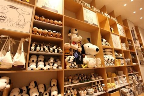 Panci Le Creuset snoopy museum tokyo surga untuk die fans snoopy pinats