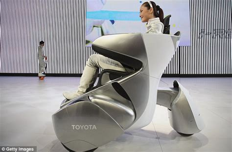Sofa Jok Motor Expro the makers of wall e predict future pat selves on back le caf 233 witteveen
