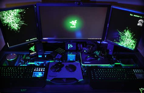 Razer Gaming Desk Razer Computer Desk Diy Pc Desk Mods L3p D3sk Epic Razer Desk Setup L3p D3sk L3p Best 25