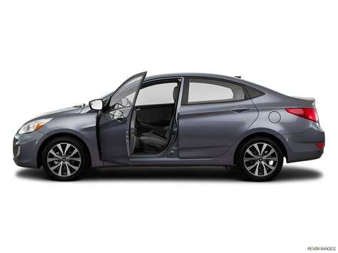 hyundai accent new car price hyundai accent 2016 1 4l gl hatch in oman new car prices
