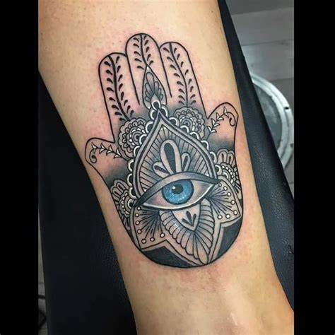 50 deeply symbolic hamsa tattoos you can t resist to get