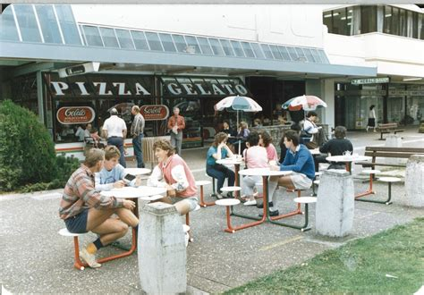 Plaza Pizza Garden by An Extension To Grrr S Mind Seventies Retro Goodness
