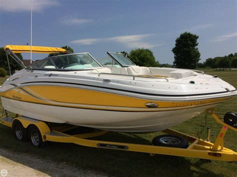 Hurricane Deck Boats For Sale by 2013 Used Hurricane Sd 2200 Deck Boat For Sale 33 900