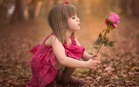 wallpaper girl full size wallpaper wiki cute baby girl with roses hd backgrounds