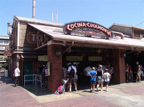 cocina grill dlr food where to eat and where not to wdwmagic