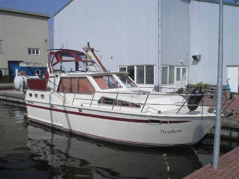 motorjacht woudsend succes 1050 sport for rent woudsend netherlands for