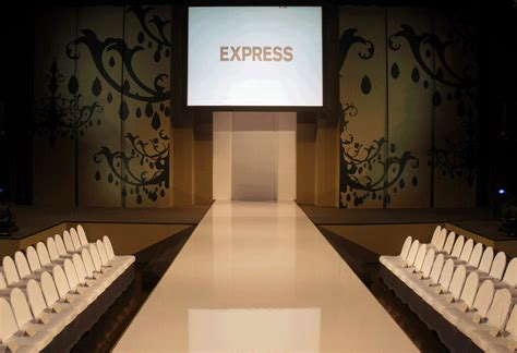 Floor Layout Designer Fashion Show Runway Layout Www Imgkid Com The Image