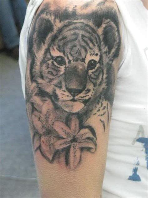tiger with flowers tattoo designs tiger baby