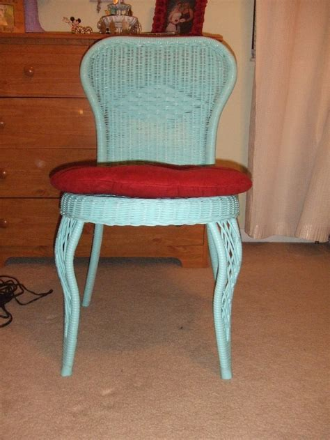spray painting wicker chairs spray painted wicker chair crafts my version