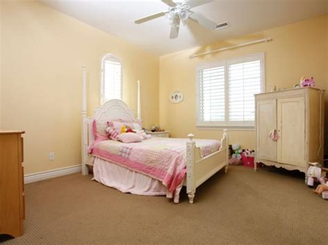 hgtv girls bedroom ideas before and afters creative kids rooms hgtv